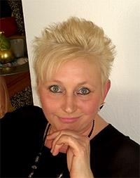 http://wegzuzweit.de/templates/j51_oxygen/images/damen/6413_Britta.jpg