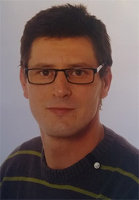http://wegzuzweit.de/templates/j51_oxygen/images/herren/6487_Carsten.jpg