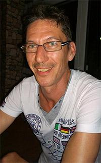 http://wegzuzweit.de/templates/j51_oxygen/images/herren/6494_Michael.jpg