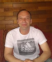 http://wegzuzweit.de/templates/j51_oxygen/images/herren/6568_Leo.jpg